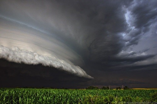Storm cloud - Source: Extremeinstability.com